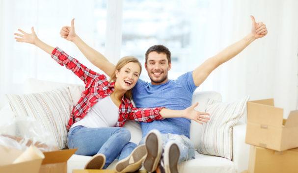 new-home-happy-couple